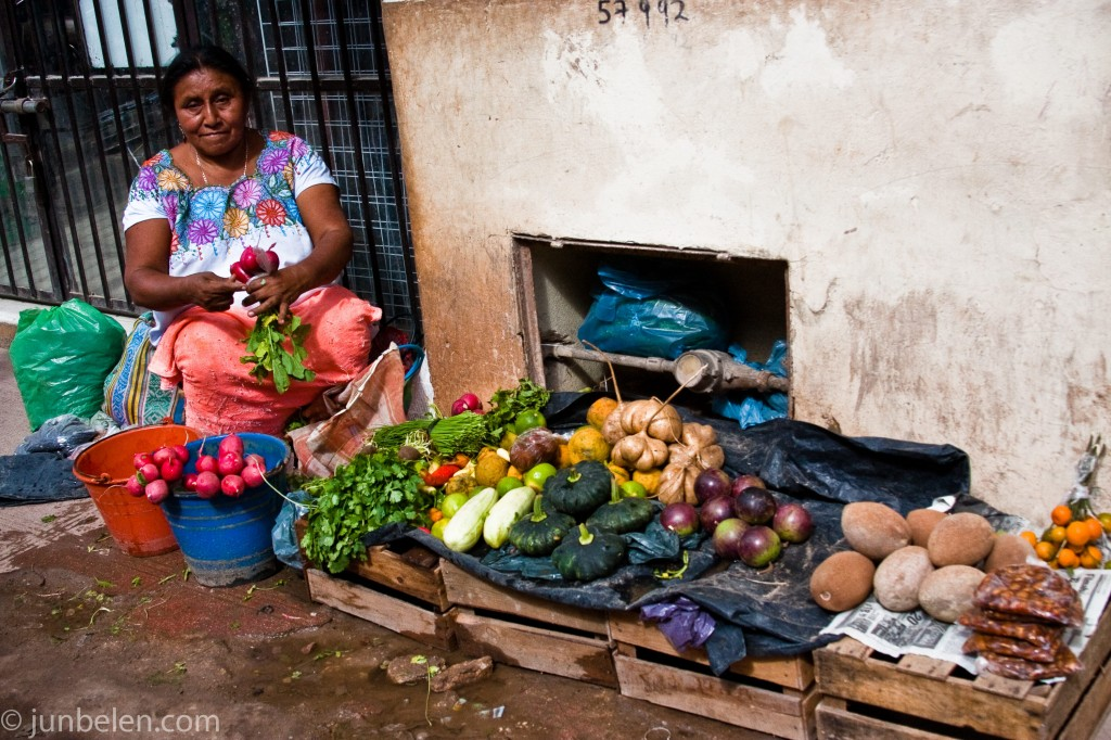 Maya women selling produce