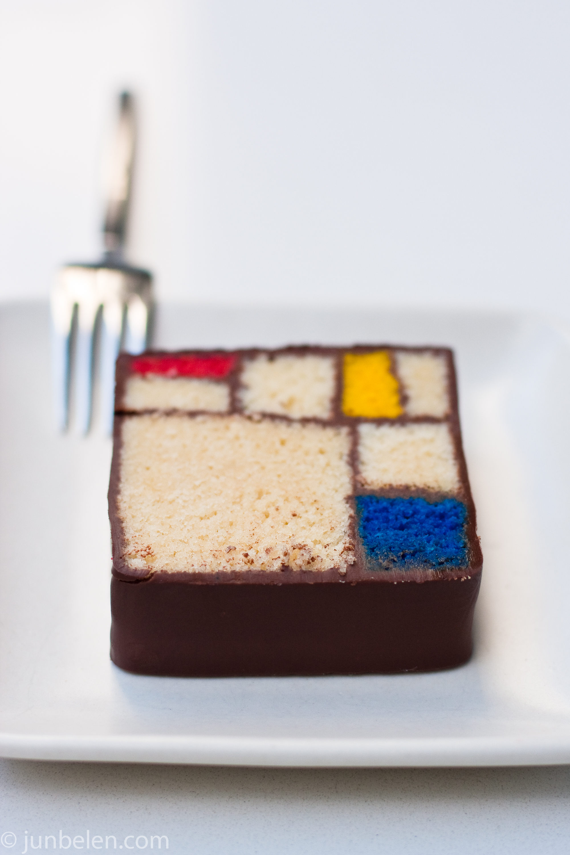 Cake Modern Art : A Cup of Blue Bottle and a Slice of Mondrian with Richard ...